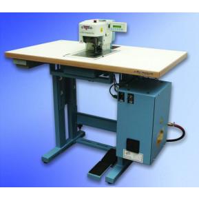 Швейна машина Reece S4000 TKF Label Feeder